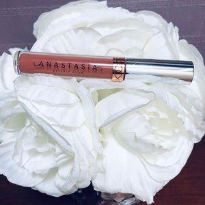 Anastasia Beverly Hills' Liquid Lipstick